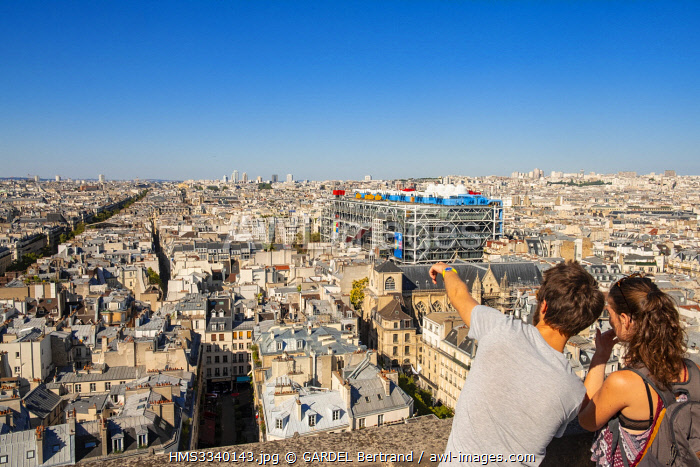 France, Paris, district of Les Halles, seen from the observatory of the Tower Saint Jacques, the Pompidou center or Beaubourg, architects Renzo Piano, Richard Rogers and Gianfranco Franchini
