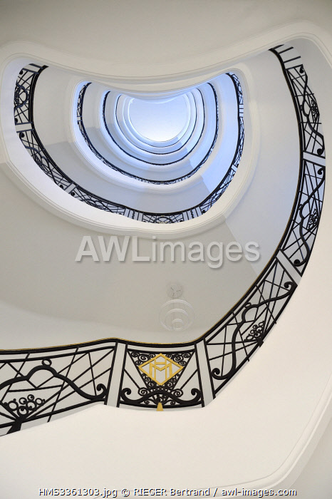 awl-images.com - France / France, Alpes Maritimes, Cannes, the Martinez palace on the boulevard de la Croisette, the staircase