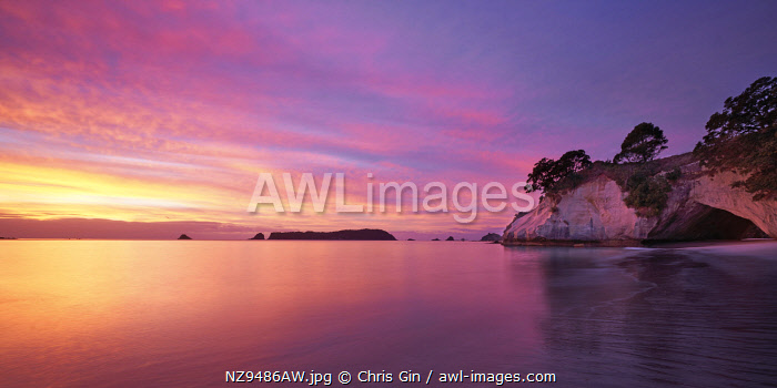 Sunrise at Cathedral Cove, Coromandel Peninsula, New Zealand