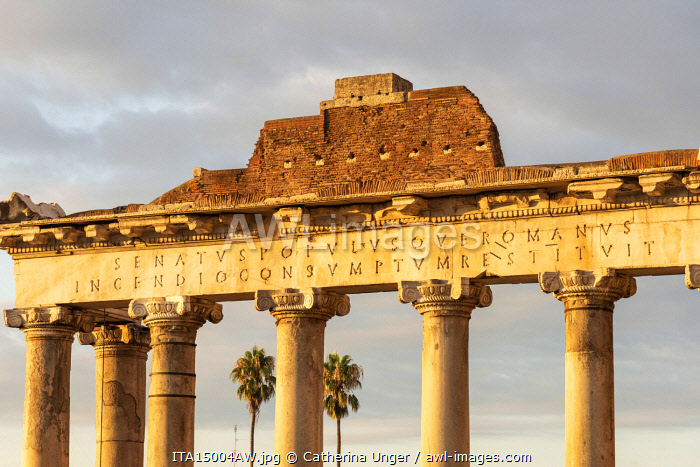 Europe, Italy, Rome. The  temple of Saturn in the Forum Romanum at sunrise.