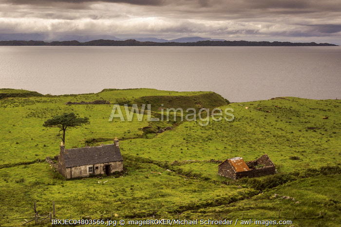 Typical landscape with houses and pastures on the Gaelic peninsula Applecross, Strathcarron, Inner Hebrides, Scotland, Great Britain