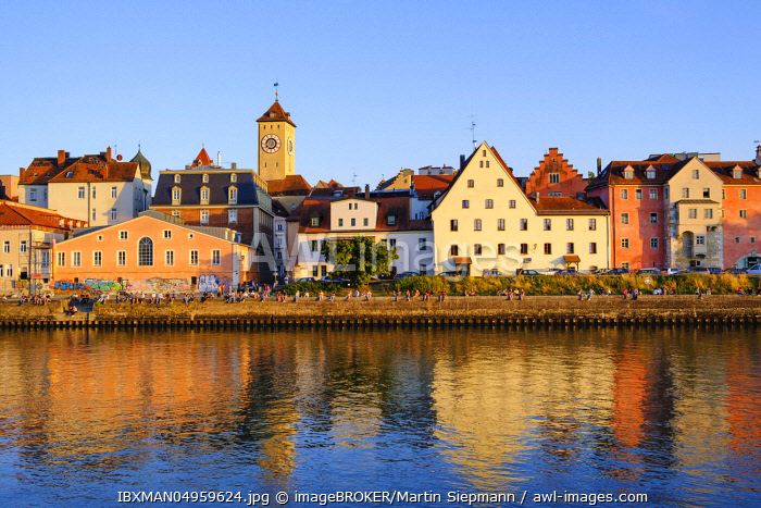 Danube bank at the Weinl�nde with town hall tower, Regensburg, Upper Palatinate, Bavaria, Germany, Europe