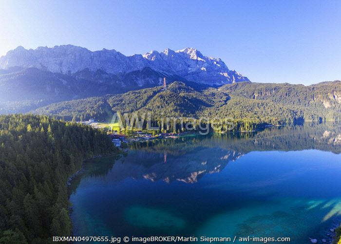 Eibsee-Hotel, Eibsee lake with Wetterstein range and Zugspitze, near Grainau, Werdenfelser Land, aerial view, Upper Bavaria, Bavaria, Germany, Europe