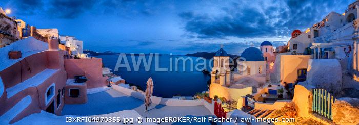 Panorama, Churches, Evening mood, Oia, Santorini, Greece, Europe