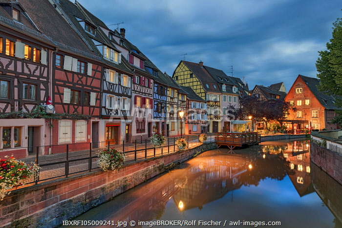Evening atmosphere, historical half-timbered houses on the canal, Little Venice, La Petite Venise, Colmar, Alsace, France, Europe