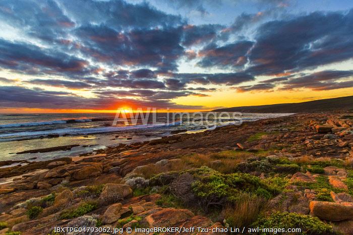 Sunset at Cape Leeuwin, Leeuwin-Naturaliste National Park, Western Australia, Australia, Oceania