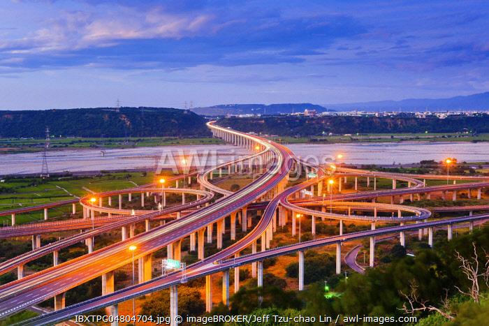 National Highway No. 3 over Qingshui River, Qingshui Interchange at dusk,Taichung, Taiwan, China, Asia