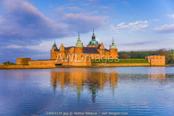 Sweden, Southeast Sweden, Kalmar, Kalmar Slott castle, dawn