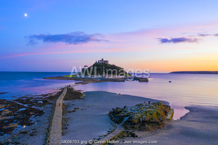 awl-images.com - England / Aerial dusk view over Saint Michael's Mount, Marazion, near Penzance, Cornwall, England
