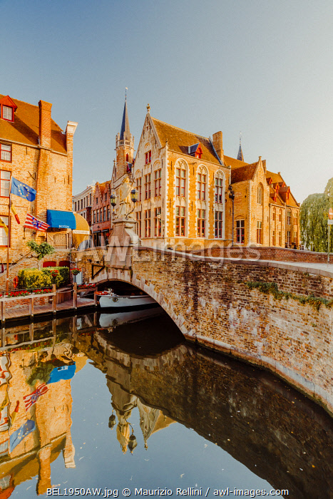 awl-images.com - Belgium / Bruges old city reflecting in the water canal at sunrise, Belgium
