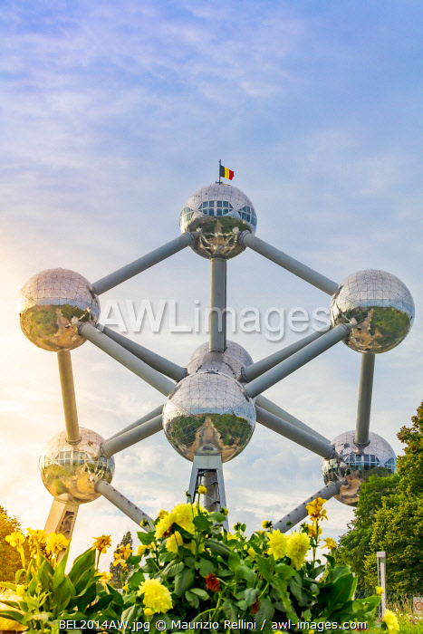 awl-images.com - Belgium / Atomium building originally constructed for Expo 58, Brussels, Belgium