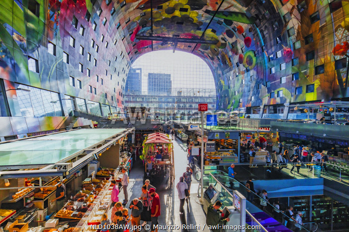awl-images.com - Netherlands / People shopping in the Market hall, Rotterdam, Holland/Netherlands