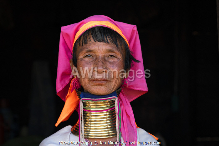 awl-images.com - Myanmar / Close-up portrait of senior Kayan woman wearing traditional brass neck rings, near Loikaw District, Kayah State, Myanmar