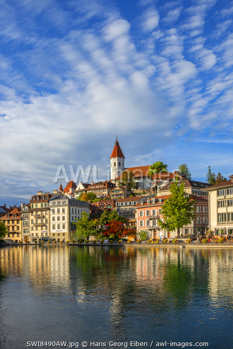 awl-images.com - Switzerland / Thun with River Aare, Berner Oberland, Switzerland
