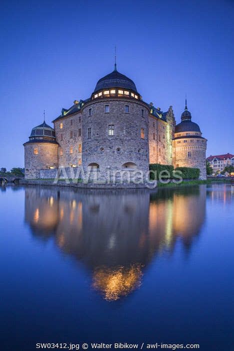 Sweden, Narke, Orebro,  Orebro Slottet Castle, dusk