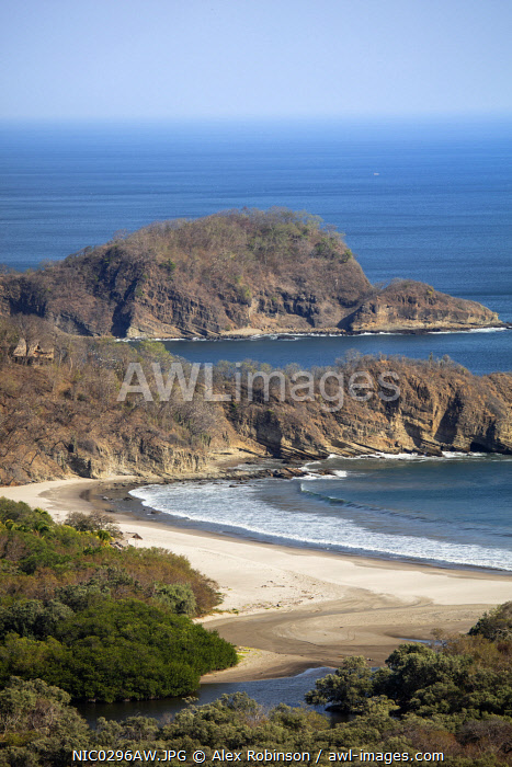 awl-images.com - Nicaragua / Americas, Central America, Nicaragua, elevated view of Ocotal beach (Playa Ocotal) next to the La Flor Nature Reserve in San Juan del Sur