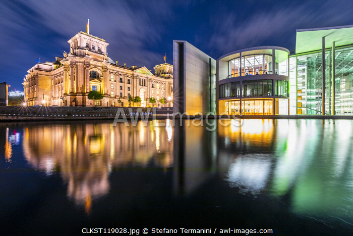 Berlin Mitte district, Parlament district with Reichstag and Paul Lobe Haus, Mitte, Berlin, Germany