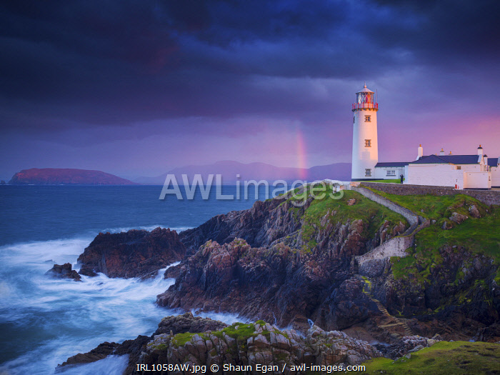 Ireland, Co.Donegal, Fanad, Fanad lighthouse at dusk