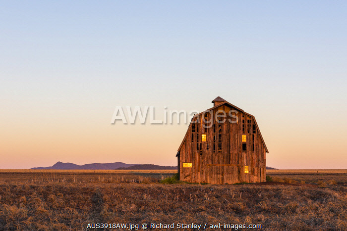 awl-images.com - Australia / Traditional American style barn used to film the Superman Movies. Quirindi, The Hunter, New South Wales, Australia