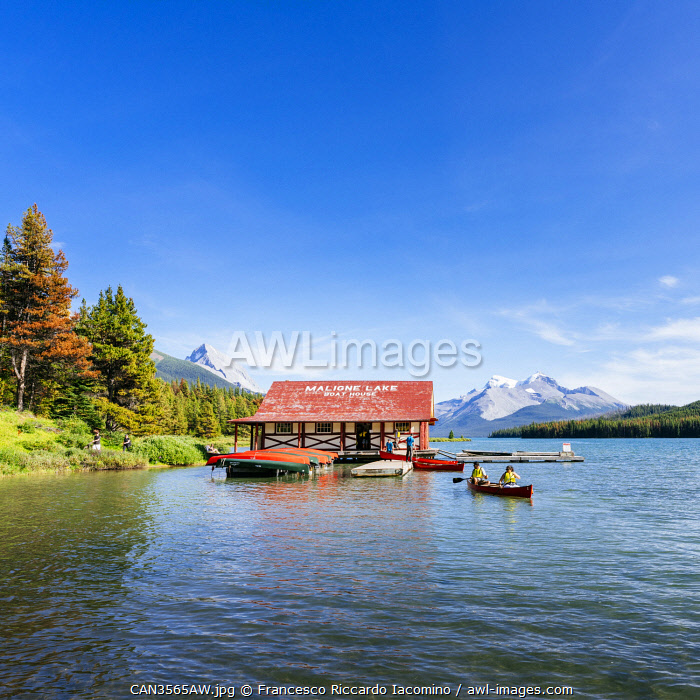 awl-images.com - Canada / Maligne Lake Boat House with canoa and blue sky, Jasper National Park, Alberta, Canada