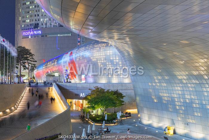 Dongdaemun Design Plaza at dusk, Seoul, South Korea