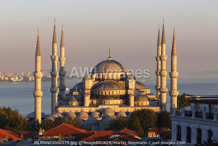 awl-images.com - Turkey / Blue Mosque, Sultan Ahmed Mosque or Sultanahmet Camii, Istanbul, European side, Istanbul Province, Turkey, European side, Europe