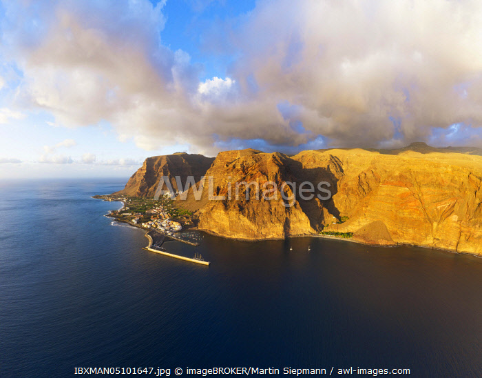 awl-images.com - Spain / Vueltas with fishing harbour and Argaga gorge in the evening light, Valle Gran Rey, aerial view, La Gomera, Canary Islands, Spain, Europe