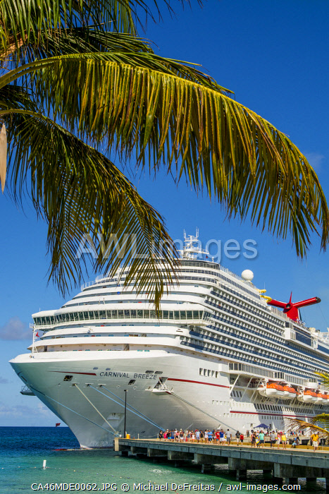 awl-images.com - Turks and Caicos / Cruise ship at Grand Turk Cruise Port, Grand Turk Island, Turks and Caicos Islands, Caribbean.