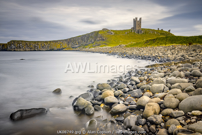 awl-images.com - England / UK, England, Northumberland, Dunstanburgh Castle, Lilburn Tower