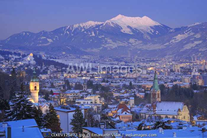 Hoetting district with Kellerjoch mountain in the background at evening, Innsbruck, Tyrol, Austria