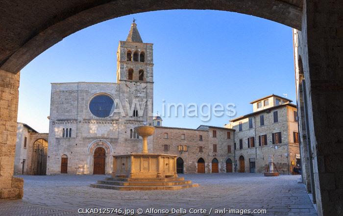 Europe, Italy, Umbria, Perugia district. Bevagna