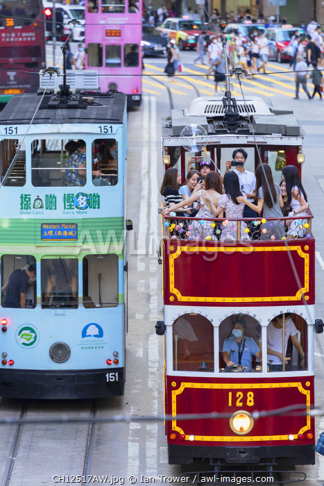 awl-images.com - China / Party tram, Causeway Bay, Hong Kong Island, Hong Kong