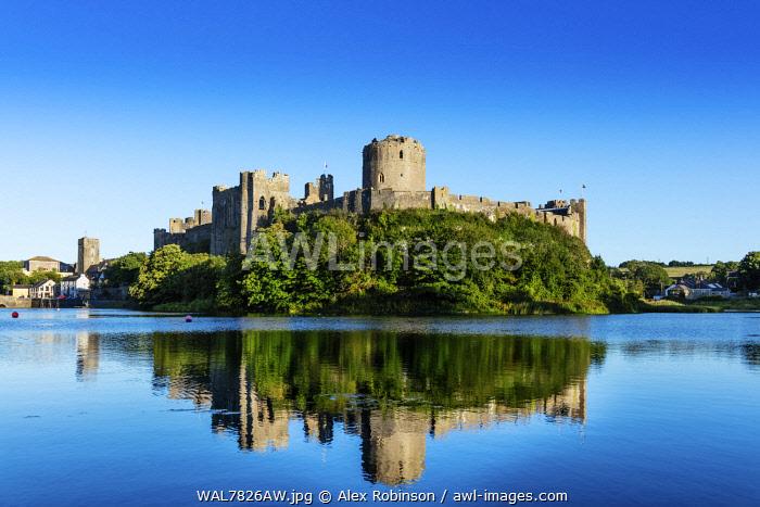 Europe, United Kingdom, Wales, Pembrokeshire, Pembroke Castle