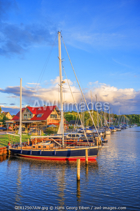 awl-images.com - Germany / Seedorf harbour, Rugen, Germany