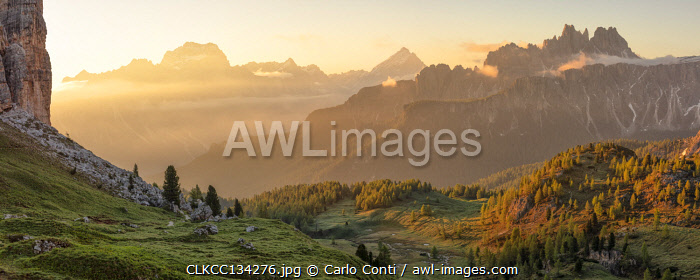 awl-images.com - Italy / Cason di Formin mountains during a summer sunrise, Dolomites, municipality of Cortina d'Ampezzo, Belluno province, Veneto, Italy
