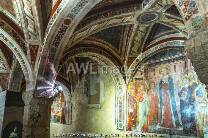 awl-images.com - Italy / Campli, Teramo Province, Abruzzo, Italy. Medieval crypt of the twelfth century in the Cathedral of Santa Maria in Platea