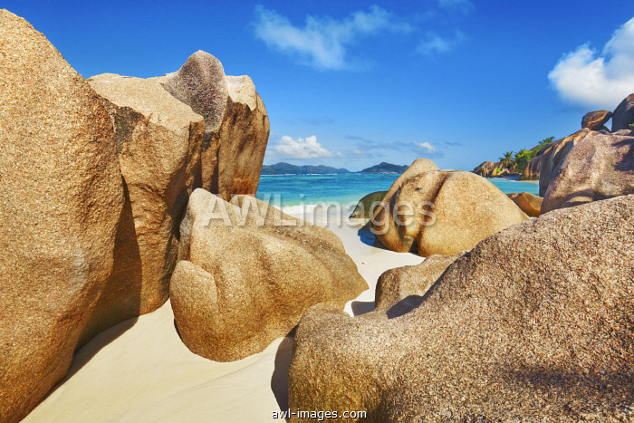 awl-images.com - Seychelles / Rock formation at Anse Source d'Argent - Seychelles, La Digue, Anse Source d'Argent - Indian Ocean