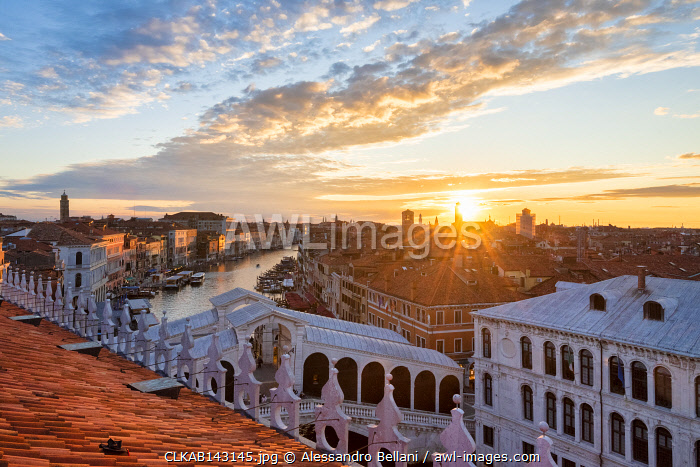 awl-images.com - Italy / The view of Venice and Canal Grande from panoramic terrace of Fondaco dei Tedeschi, Venice, Veneto, Italy, Europe