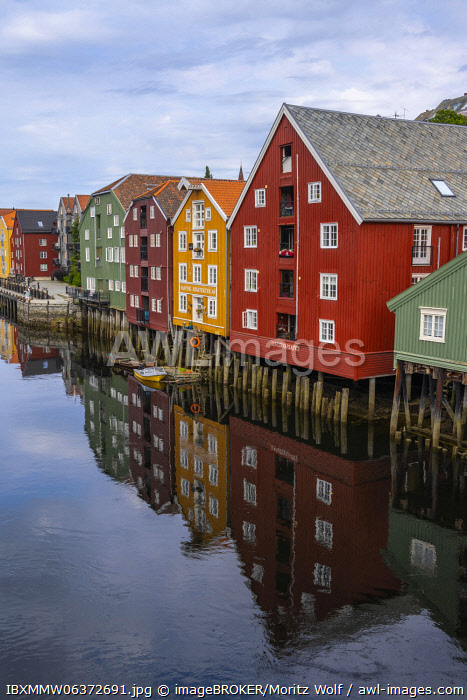 awl-images.com - Norway / Colourful historic warehouses by the river Nidelva, Trondheim, Tr�ndelag, Norway, Europe